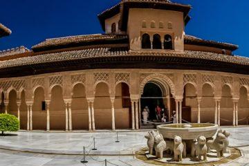 kreuzfahrt krimi v.i.e.r. buch christian homma elisabeth frank nie zu alt für casablanca alhambra löwenhof
